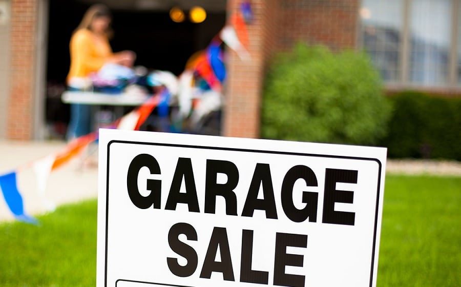 Garage Sale Tips and Tricks - Dana & Willi Product Reviews